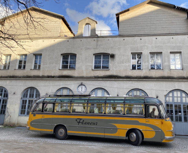 Mit Shuttlebus zum Königreich der Stoffe