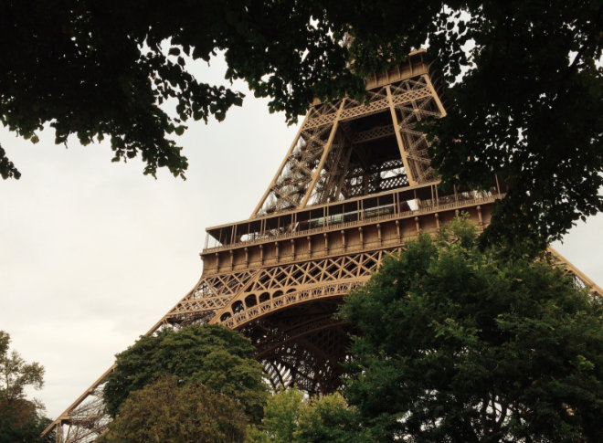 Ein Element der Originaltreppe des Eiffelturm