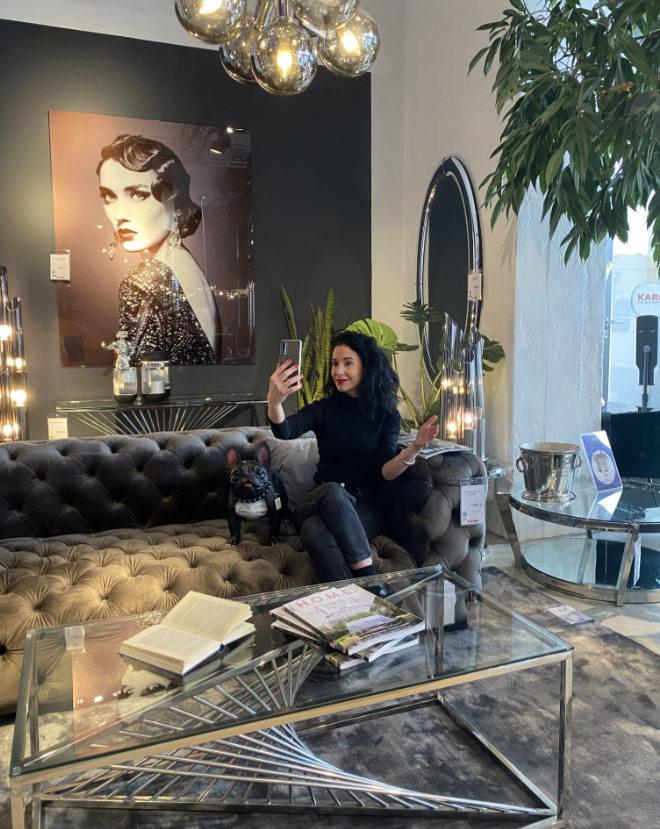 KARE macht Möbelkauf per Videoberatung zum exkluisven Einrichtungstrend 2021! Fotocredit: Kare.de