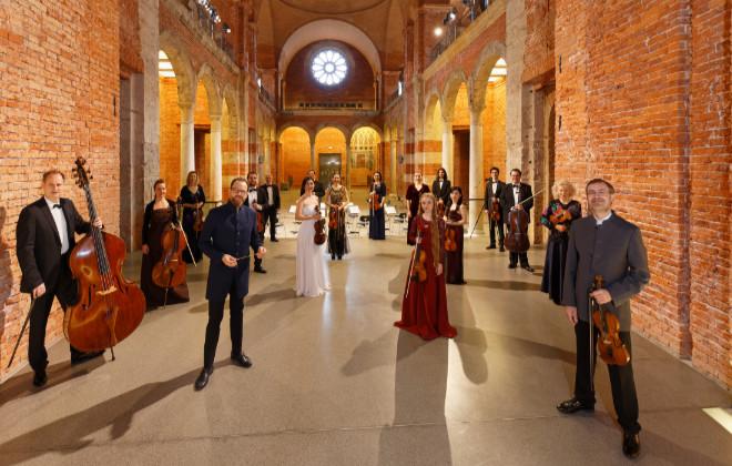 Münchner Kammerphilharmonie dacapo e.V. sendet Vivaldi live aus der Allerheiligen Hofkirche. Fotocredit: Mark Kamin