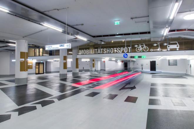 Parken Next Level: Der Mobilitätshotspot in der Hofbräuhaus Parkgarage mit einem zukunftsweisenden Konzept für europäische Innenstädte.
