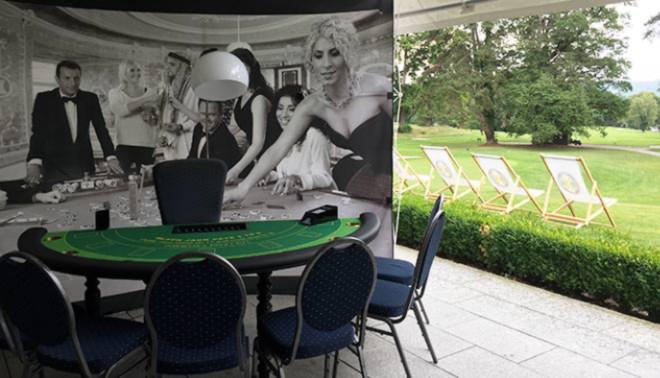 Immer mal wieder greifen auch deutsche Golfclubs das Casino-Thema auf. Zum Preis des Präsidenten im GC Feldafing wurden auch schon mal Glücksspiel Tische aufgestellt. Fotocredit: EG