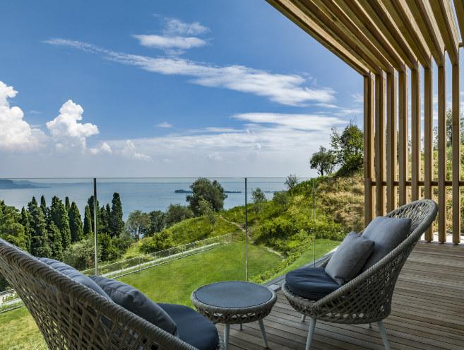 Klar, dass das neue Hotel am Gardasee den Blick auf den Lieblingssee der Münchner freigibt. Fotocredit: Eden Reserve, Hotel & Villas