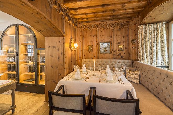 Das neue Restaurant Berggericht hat 36 Sitzplätze und wird vom österreichischen Gastro-Profi Heinz Hanner geführt. Fotocredit: Martin