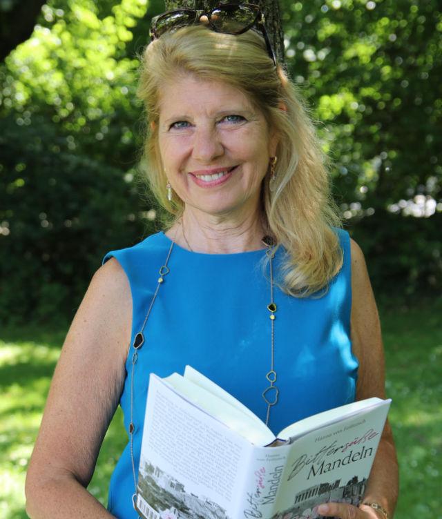 Mit dem Buch unterstütztHanna von Feilitzschden guten Zweck