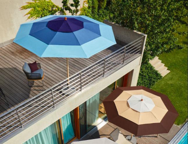 Sonnenschirme können nah Bedarf repariert oder neu bespannt werden.