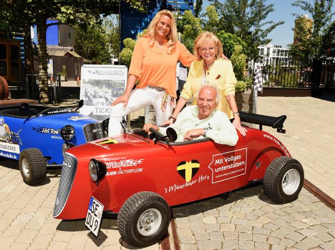 Münchner Wirtefamilie Steinberg stiftet jetzt mit noch mehr PS