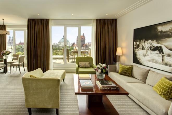 Resort Hotel Deutschlands - Den München-Blick aus einer Suite des Rocco Forte Hotels sieht man nicht alle Tage! Zwei Monate