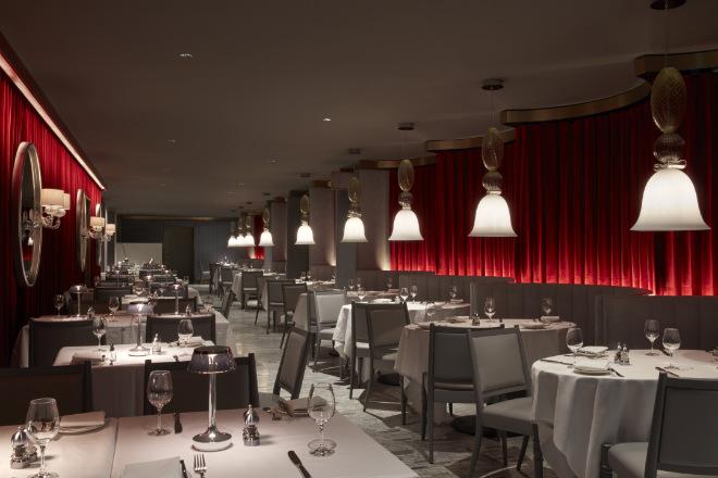 Die weißen Marmor-Fliesen im Restaurant Ludwig Zwei sind original und wurden in den 70er-Jahren durch einen Teppich verdeckt.