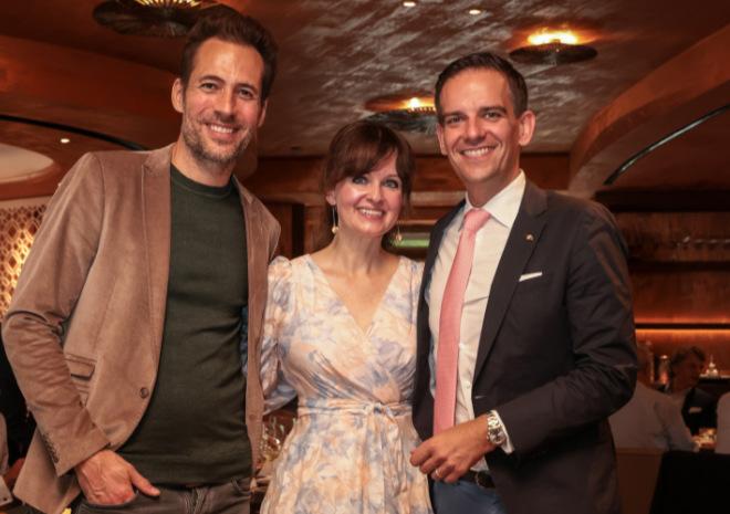 Gentlemen Art Lunch mit Alexander Mazza, Dr. Sonja Lechner und Mandarin Oriental München Hoteldirektor Dominik Reiner.