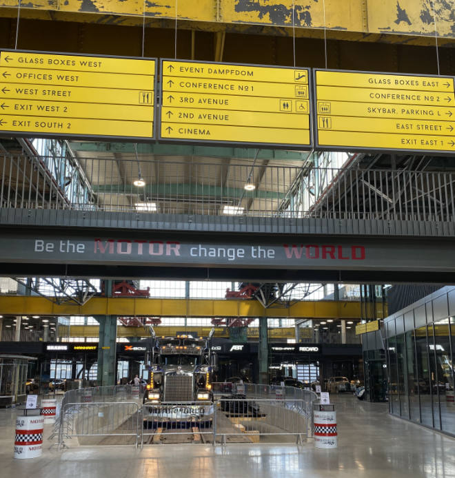 Be the Motor change the World = Motorworld München