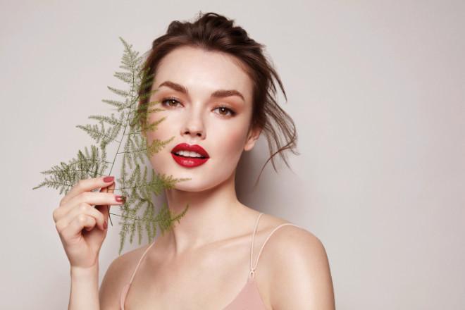 ARTDECO will jeder Frau nachhaltige Produkte angereichert mit natürlichen Inhaltsstoffen anbieten, bei gewohnter Produktperformance.