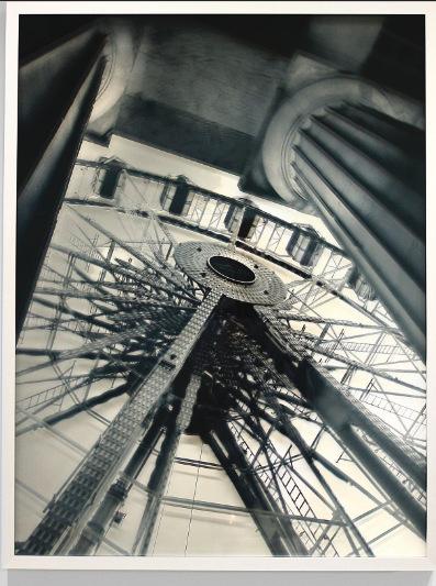 Ein Bild von Barbara Frank im Phraming-Look. Auch sie wird am ersten ART MUC Restart Wochenende im Lichthof sein.